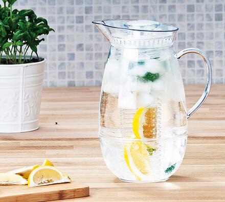 Plastový džbán 2,4 l