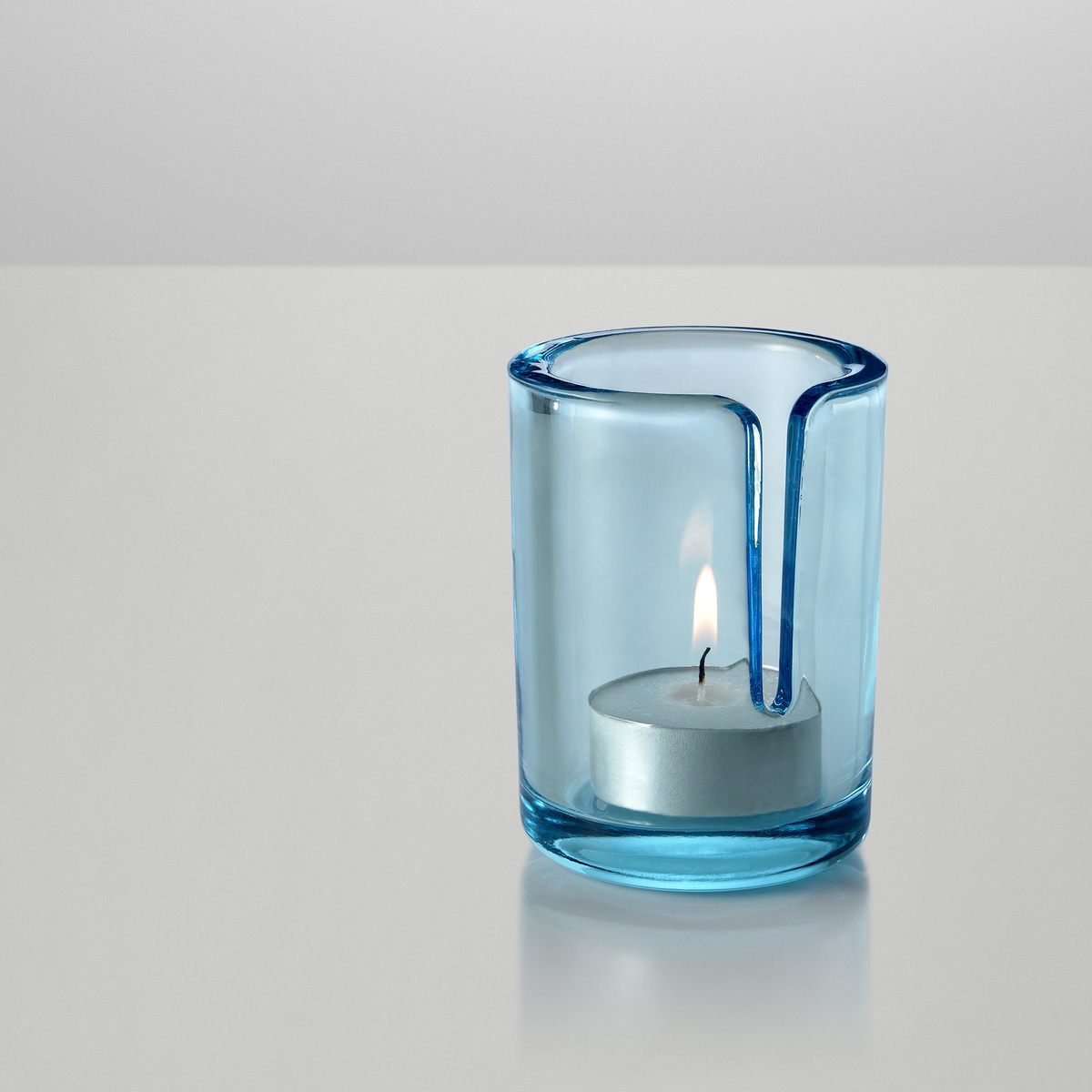 Muuto Svietnik Match 8 cm, svetlo modrý