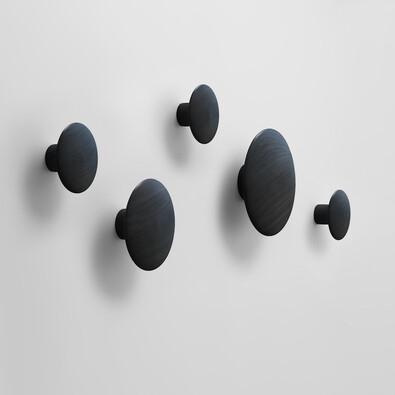 Věšák The Dots střední 13 cm, černý
