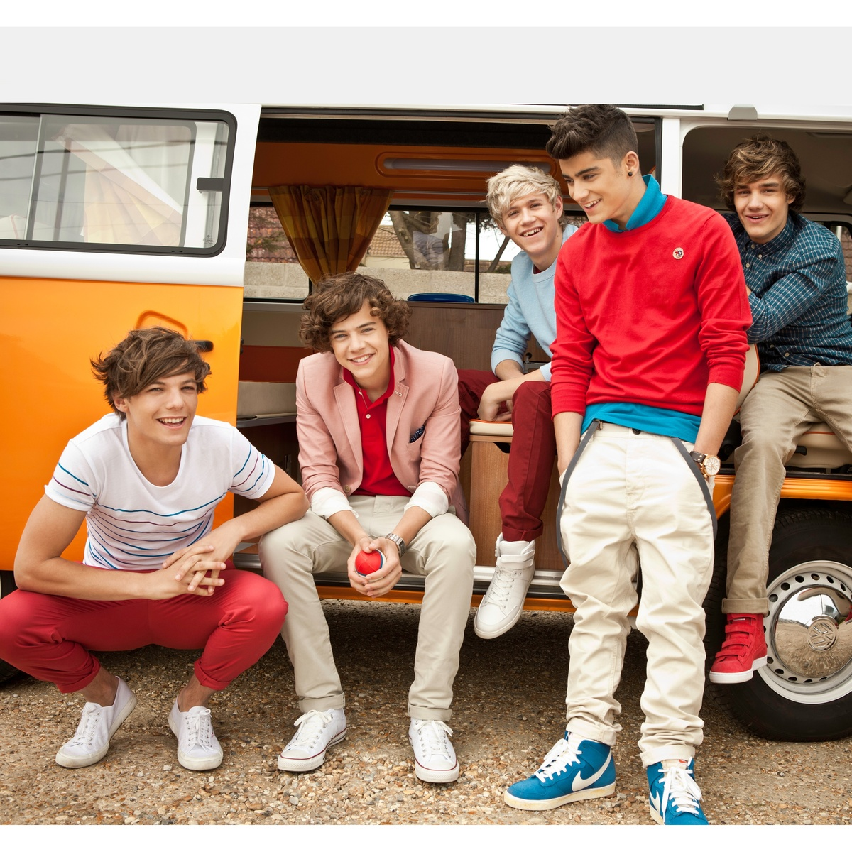 Fototapeta One direction 1, 270 x 253 cm