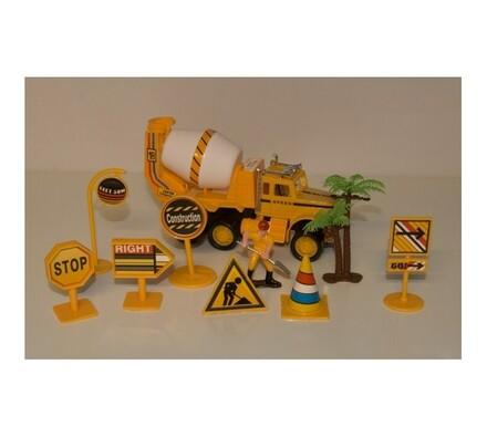 Stavební vůz se značkami, žlutá