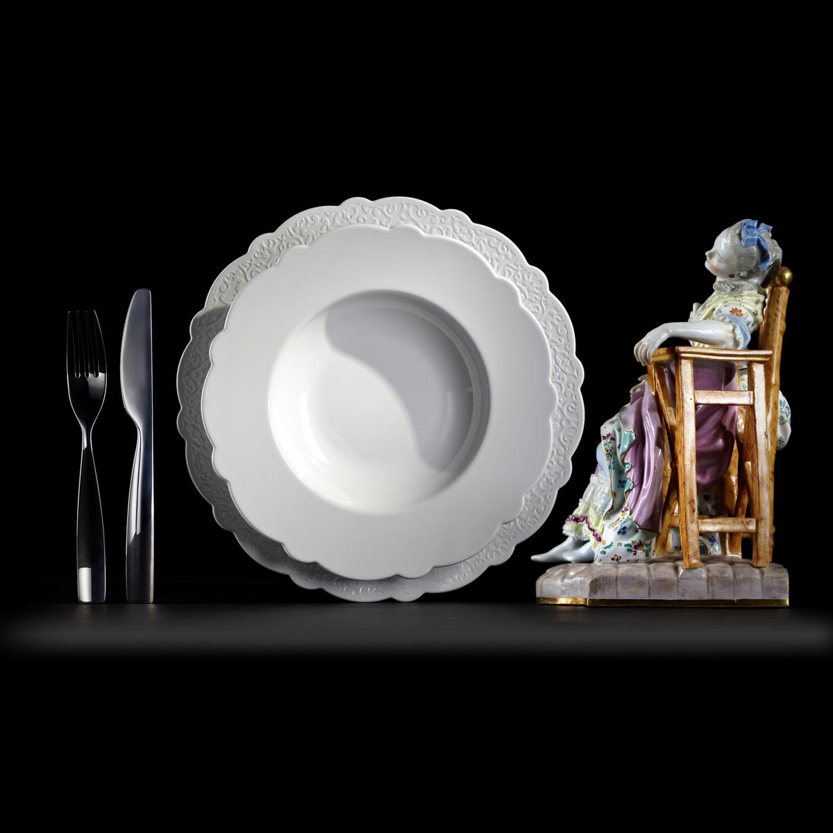 Alessi Hlboký tanier Dressed 23,3 cm, biely