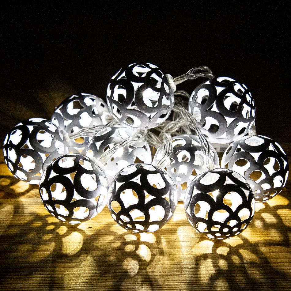Svetelná reťaz Bobbio biela, 10 LED