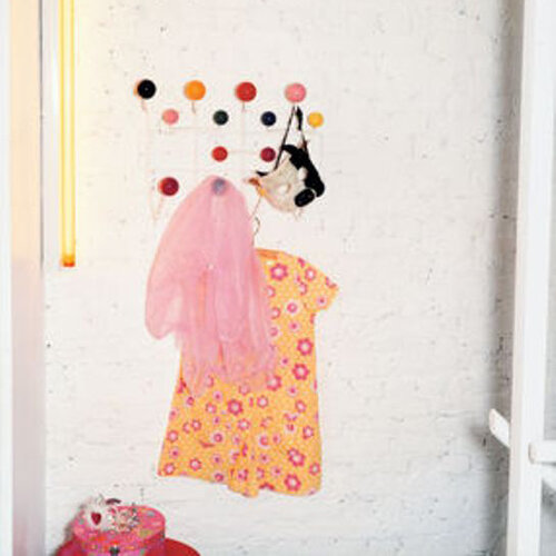 Věšák Eames Hang it all 50 cm, barevný