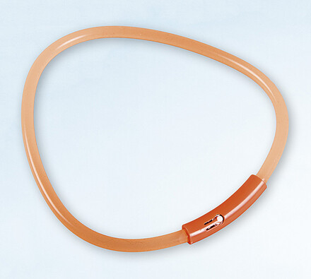 Blikajúci obojok Light Band Trixie, S (32 cm)