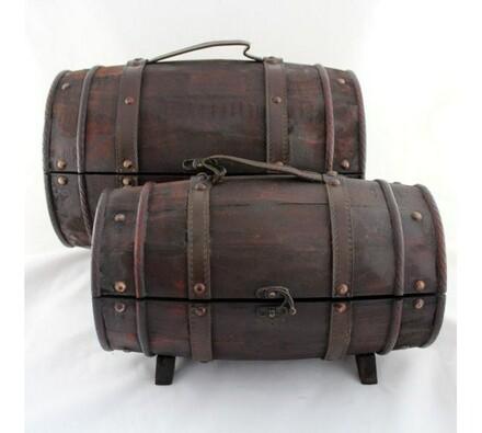 Dřevěná truhla sud, 2 kusy