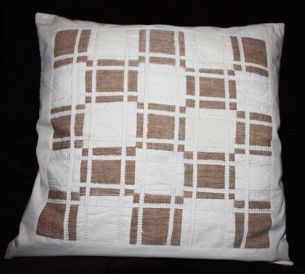 Bavlněný povlak na polštářek Kostičky, 40 x 40 cm, bílá + hnědá, 40 x 40 cm