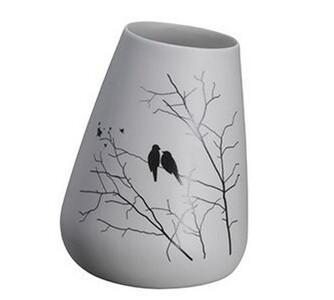 Keramická váza s ptáčky