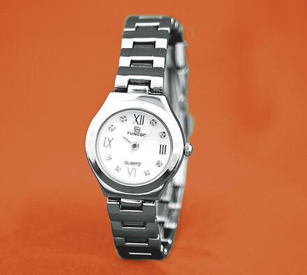 Dámské hodinky, stříbrná