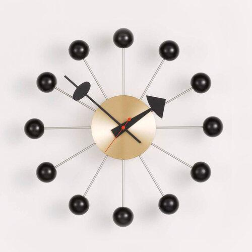 Vitra Nástenné hodiny Ball clock 33 cm, čierna mosadz