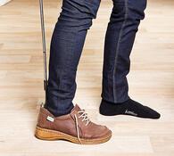 Teleskopická lžíce na boty, stříbrná