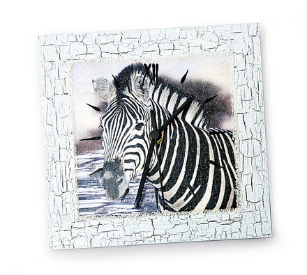 Hodiny s motivem zebry