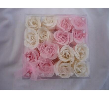Dekorativní mýdlové květy růžové