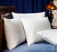 Péřový polštář Manteuffel měkký a pevný, 70 x 90 cm