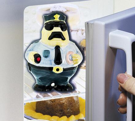 Policista do ledničky
