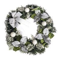Vianočný veniec s poinsettiou pr. 30 cm, strieborn á