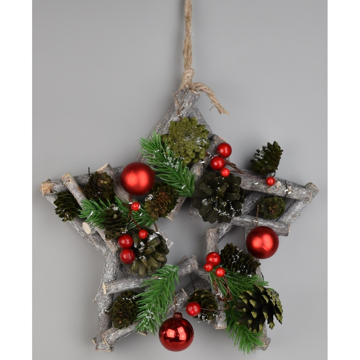 Vánoční závěsná hvězda Green pine, 24 x 7 cm