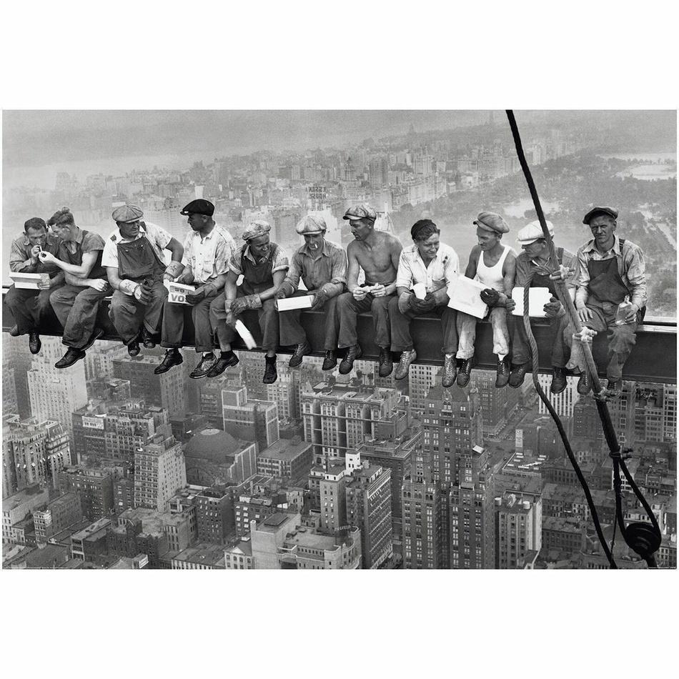 Up and Down Fototapeta Men in The Sky, 232 x 315 cm