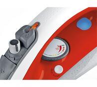 Žehlička Concept ZN 8080, červená