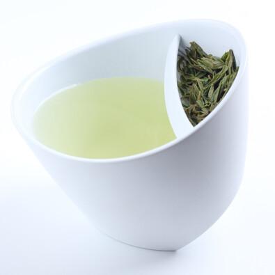Chytrý hrnek na sypaný čaj 250 ml, bílý