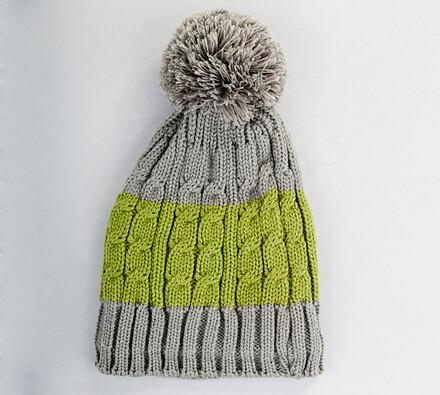 Pletený kulich s fleece vložkou Karpet 5071, šedo-