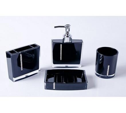 Sada černých koupelnových doplňků, černá