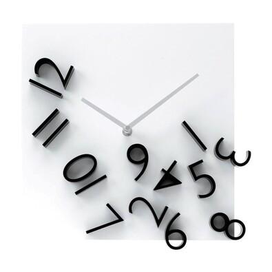 Karlsson 5037 nástěnné hodiny