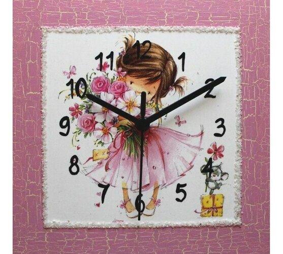 Nástenné hodiny Dievčatko s náručou kvetov