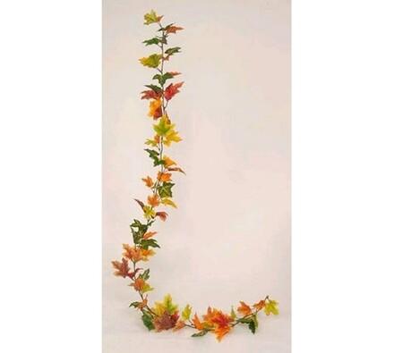 Podzimní girlanda z javorových listů