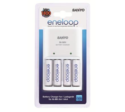 Sanyo Eneloop MQN04 nabíječka baterií se 4 ks Eneloop AA bateriemi