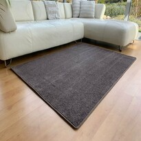 Kusový koberec Capri hnedá