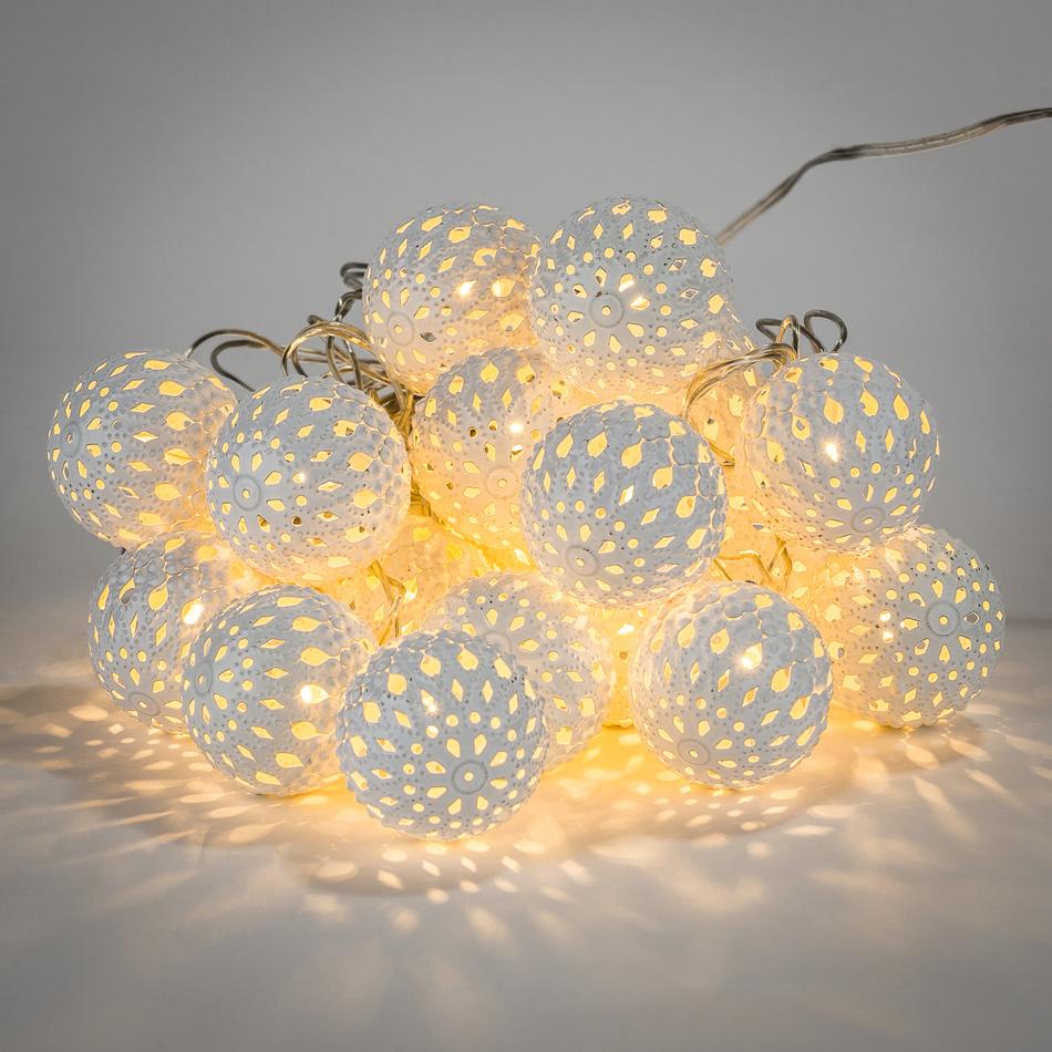 Světelný LED řetěz s ozdobnými kouličkami