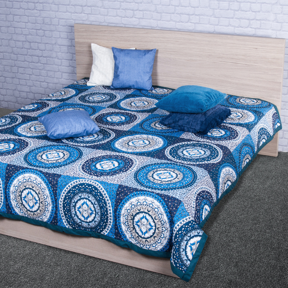 Night in Colours Přehoz na postel Gipsy modrá