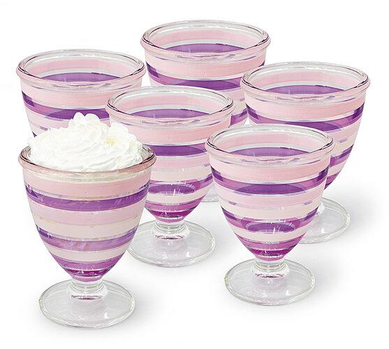 Skleněné pohárky na zmrzlinu