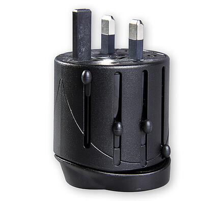 Univerzální cestovní adaptér, černá