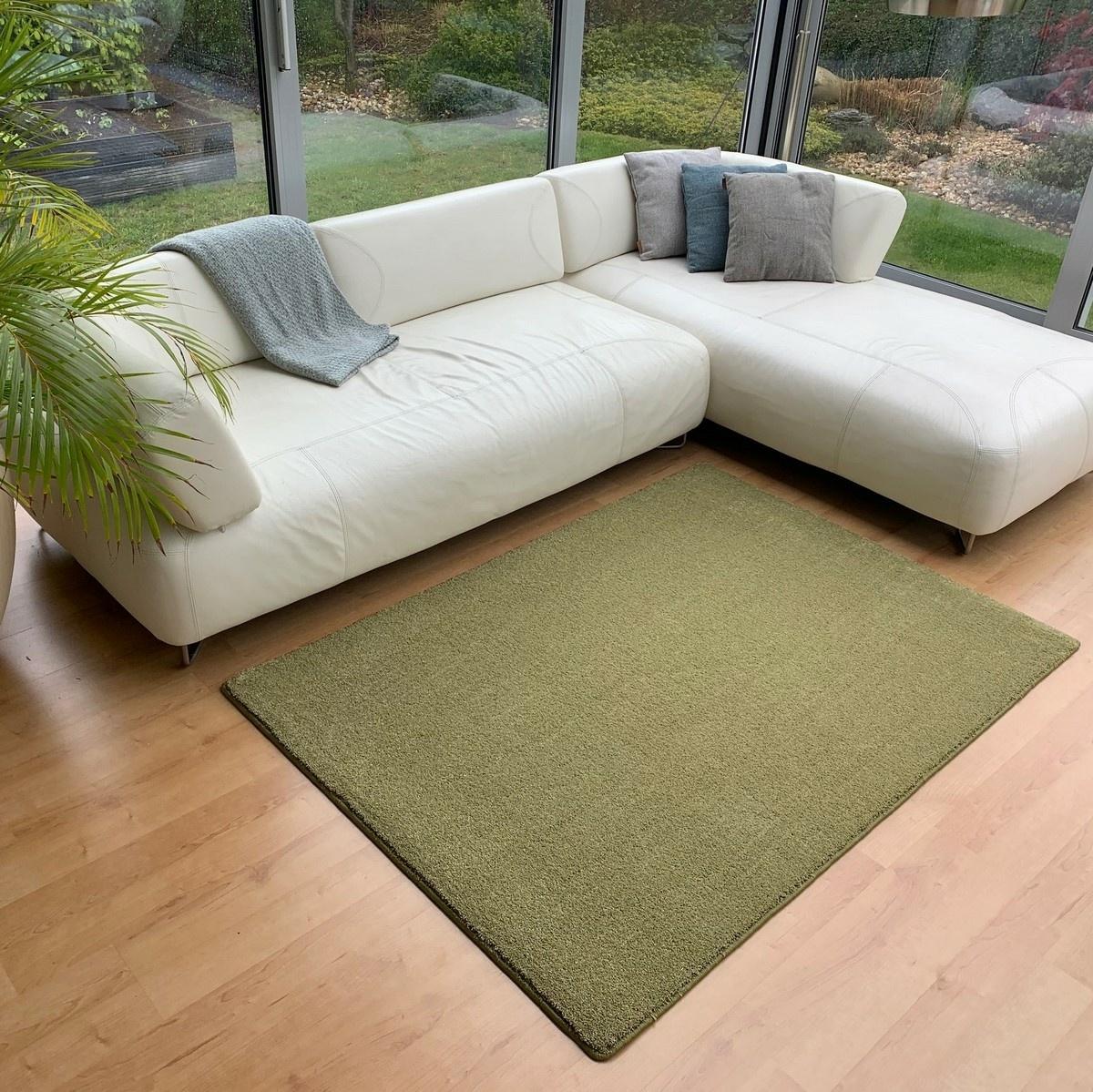 Vopi Kusový koberec Udine zelená