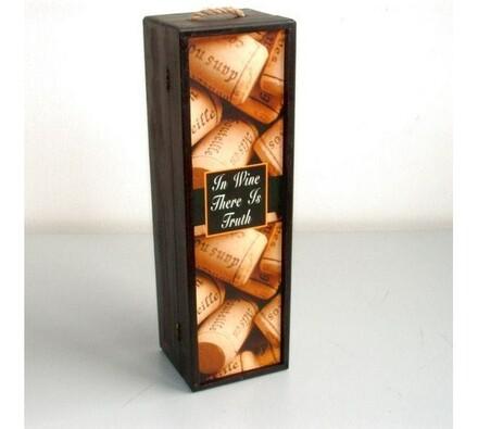 Dřevěný box na láhev vína s motivem korku