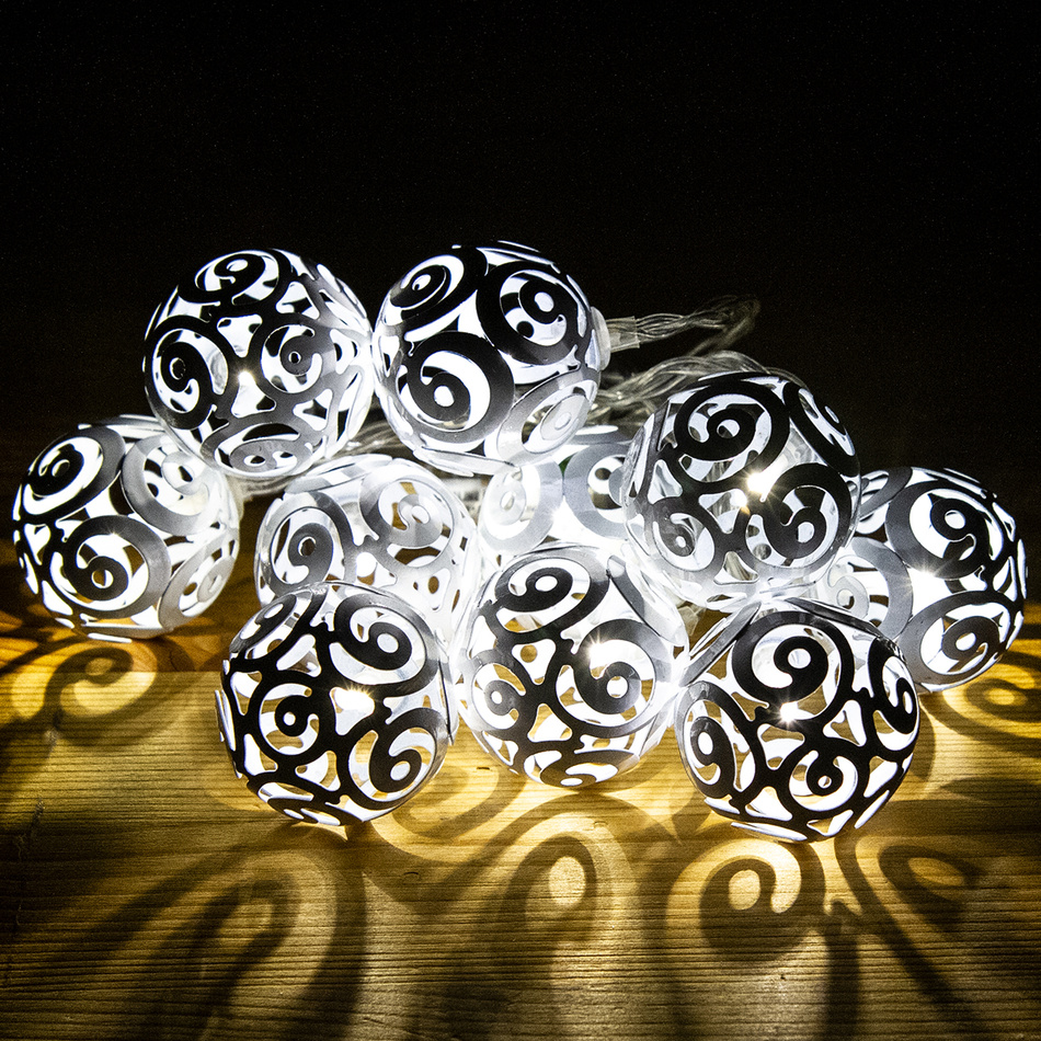 Svetelná reťaz Girando biela, 10 LED