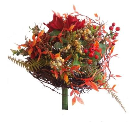 Umělá kytice jiřin a bobulí, vícebarevná, 27 x 25 cm