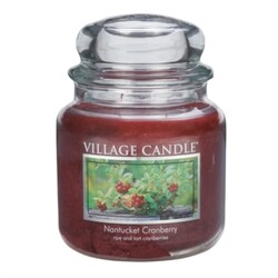 Village Candle Vonná svíčka Brusinka  - Nantucked Cranberry, 397 g