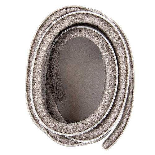 Öntapadós ajtószigetelő kefe 6,7 x 8 mm šedá, 3 m