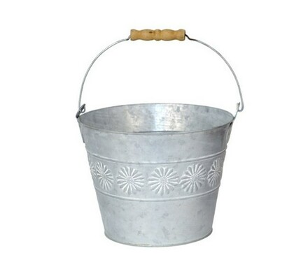 Plechový kyblík stříbrný