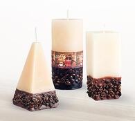 Svíčka s dekorem kávových zrn jehlan