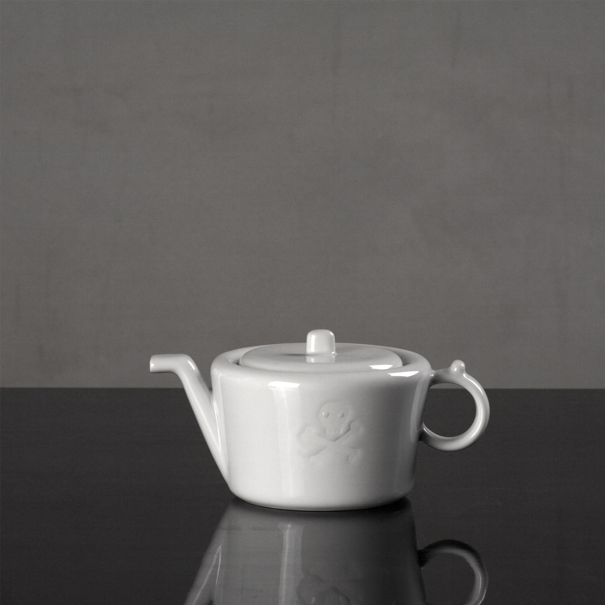 Studio Pirsc Porcelain Kanvica mocca Maryša 700 ml, biela