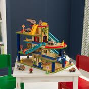 KidKraft Dřevěná patrová garáž s příslušenstvím, 50 x 41 x 35 cm