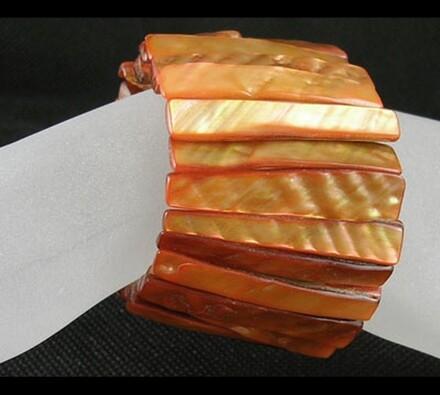 Dámský náramek ze škebloviny, oranžová