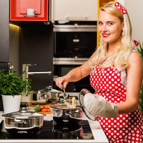 Šik v kuchyni Zástěra červená, 65 x 70 cm