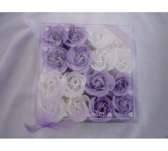 Dekoratívne mydlovej kvety, fialová