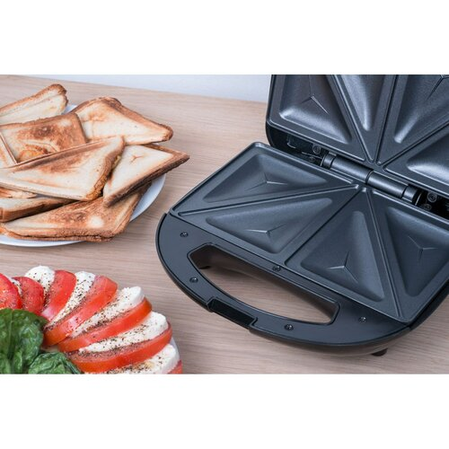 Concept SV3040 sendvičovač trojúhelník 700 W, nerez