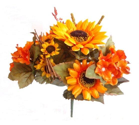 Fotografie Umělá kytice Slunečnic a hortenzií